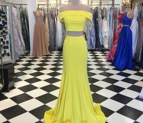 Yellow Two Pieces Pr..