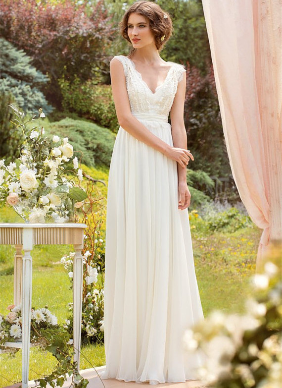 7185ac848568d Spring Bohemian Bridal Wedding Dress on Luulla