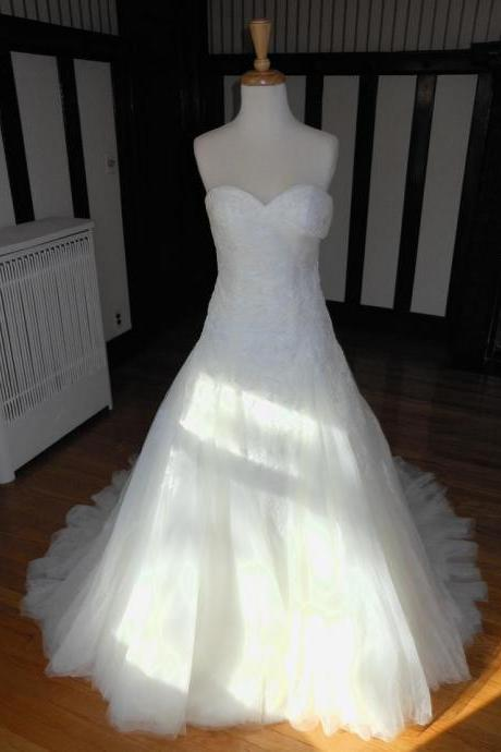 Sleeveless Off White Wedding Dress with Pleated Lace Bodice