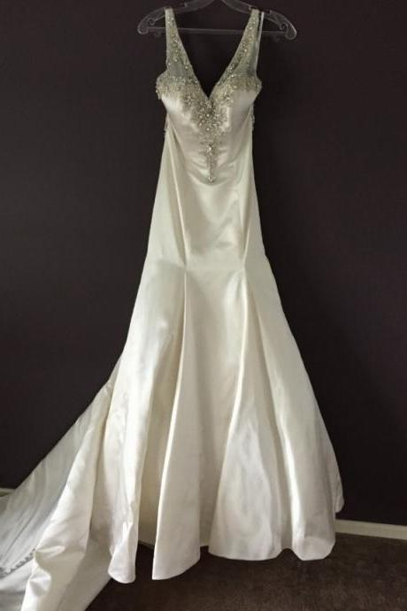 V Neck Ivory Satin Wedding Dress with Beads