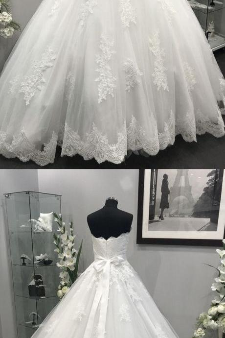 Sleeveless Ball Gown Wedding Dress with Removable Sash