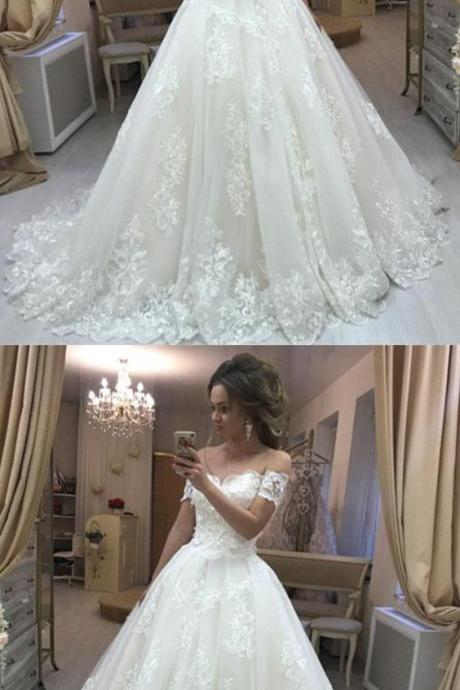 Off the Shoulder Short Sleeves Wedding Dress with Appliques