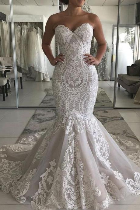 Sweetheart Lace Wedding Dress with Lace-up Back