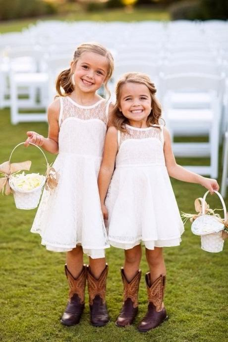 Round Neck V Back Short Lace Flower Girl Dress