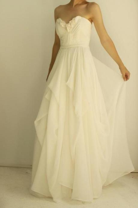 Ivory Strapless Sweetheart Chiffon A-line Floor-Length Wedding Dress Featuring Corset Back